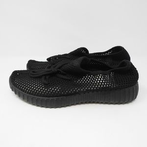 Shoes - Black Mesh Yeezy Style Sneaker Breathable NWOT